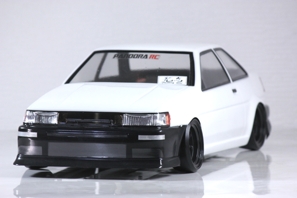 Toyota COROLLA LEVIN AE86 2Dr